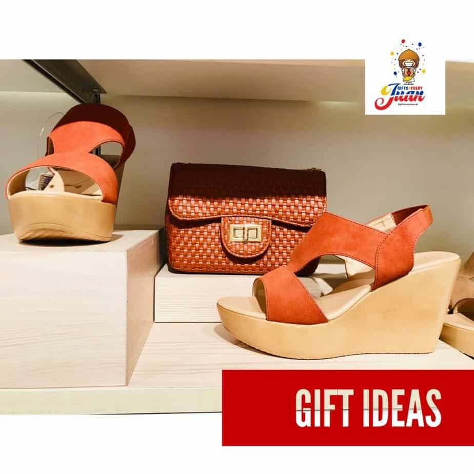 christmas-shoes-for-mothers