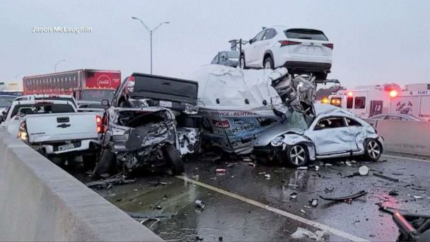 6 Dead In Texas After a Massive Car Crash Involving More Than 100 Cars